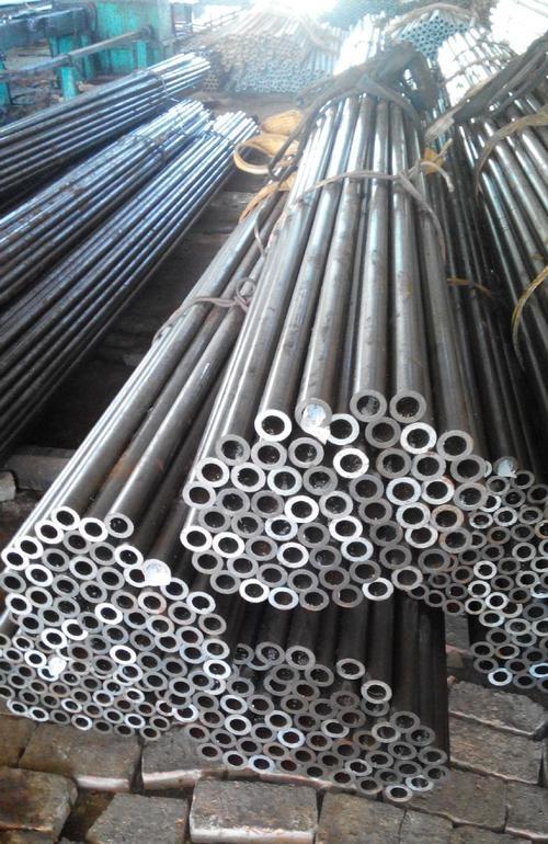 亨达利钢业钢管